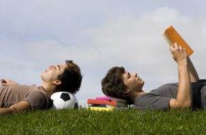 Fußball und Literatur (© pjcross, shutterstock.com)