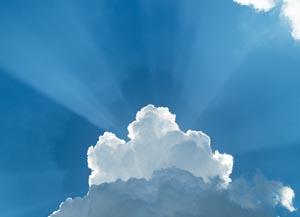 Wolke verdeckt Sonne