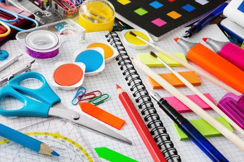 Kreativ-Materialien zum Basteln
